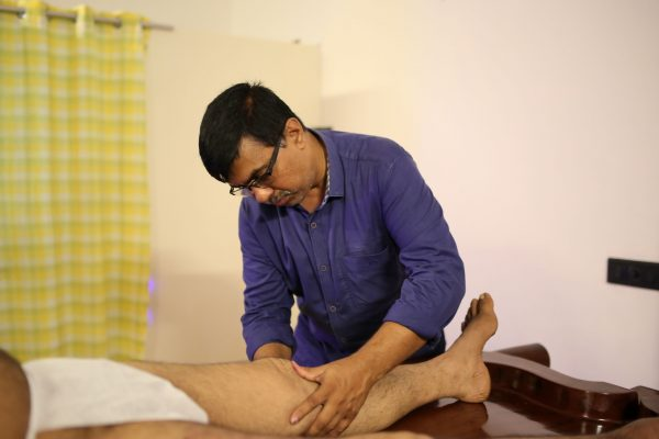 Marma ayurveda treatment by the Doctor